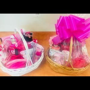Breast Cancer Baskets